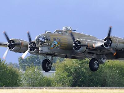 B-17 7 (44983532)