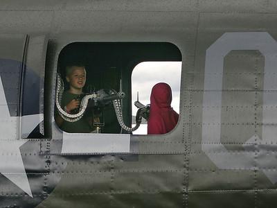 B-24 4 (44983525)