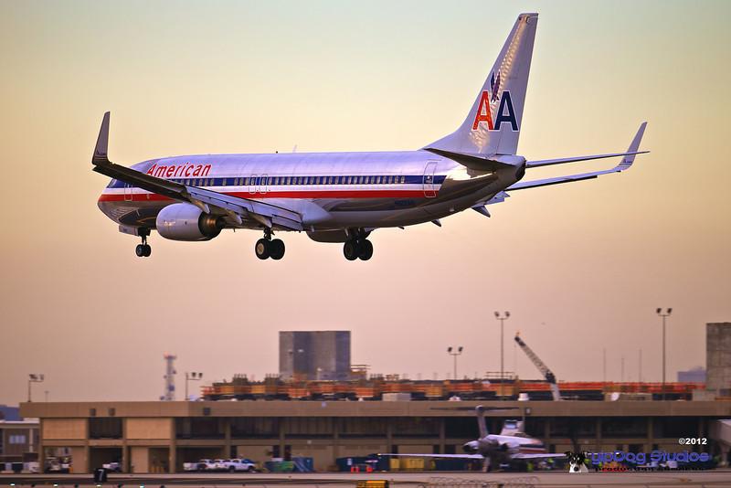 IMAGE: http://yipdog.smugmug.com/Airplanes/Aircraft/i-DkLKLRH/0/L/1DX_3212-L.jpg