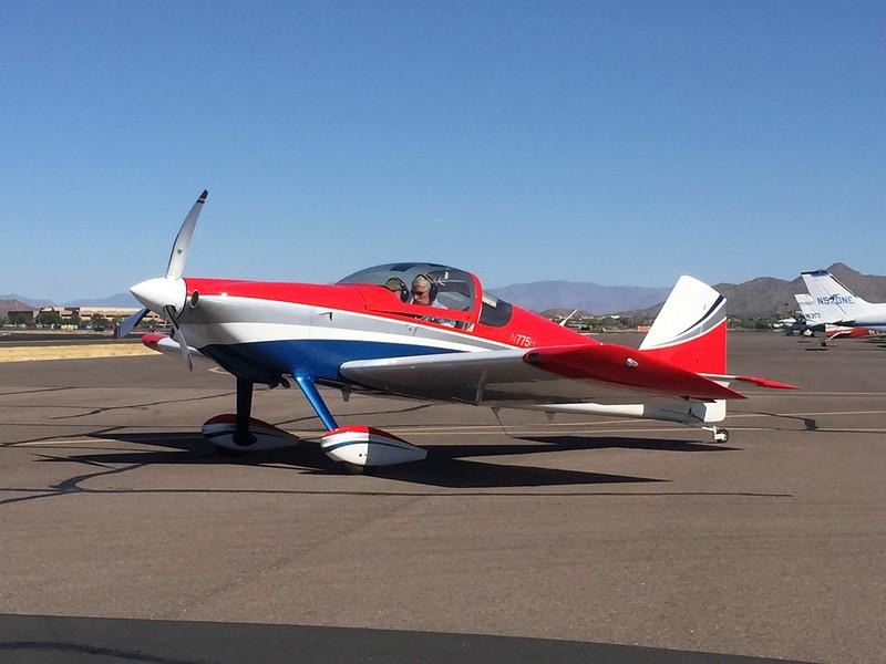 Nice looking RV-6.