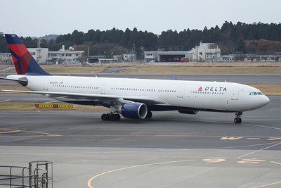 N806NW DELTA A330-300