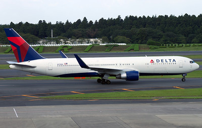 N175DN DELTA AIRLINES B767-300