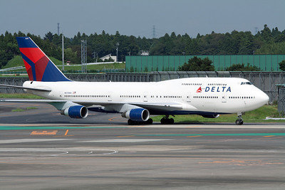 Delta Airlines Boeing 747-400 N675NW