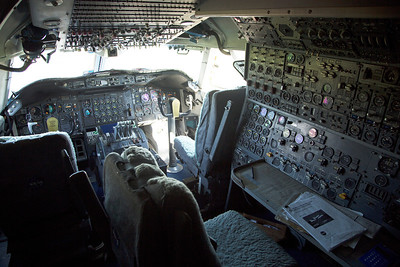 The SCA 747 cockpit