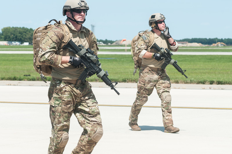 Soldiers from the US Army Black Daggers
