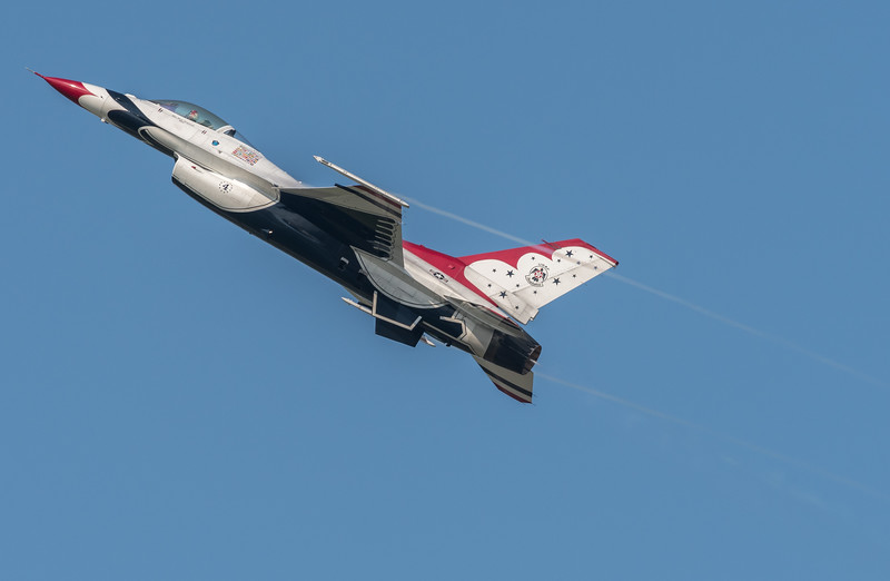 USAF Thunderbird #4, Slot Pilot, Nick Krajicek