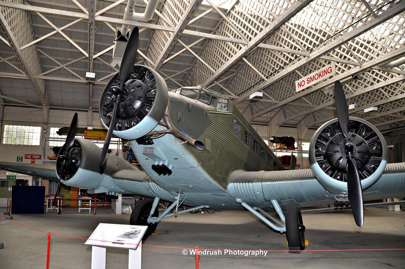 030 Junkers 52