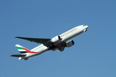 A6-EWC EMIRATES 777-200