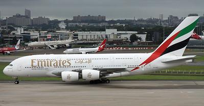 A6-EDC EMIRATES A380