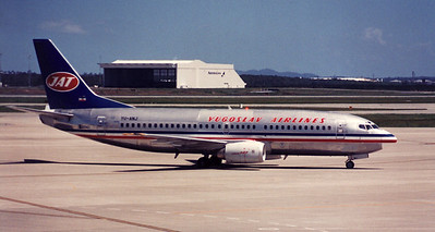 YU-ANJ YUGOSLAV AIRLINES B737-300 DURING 1989 PILOTS STRIKE