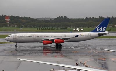 LN-RKG SCANDINAVIAN AIRLINES A340-300