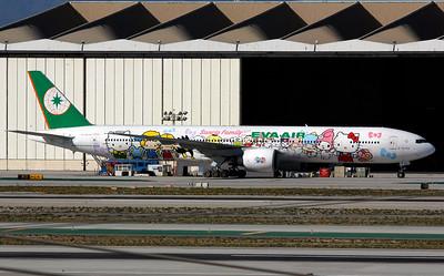 B-16703 EVA AIR B777-300