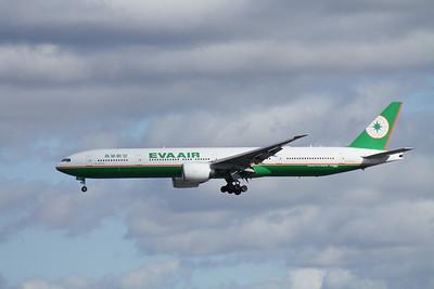 B-16710 EVA AIR 777-300
