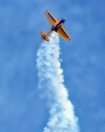 Embry-Riddle Eagle 580 - Matt Chapman - Chicago Air & Water Show - Chicago, Illinois - Photo Taken: August 18, 2012