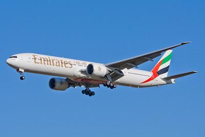 Emirates Boeing 777-300 A6-EBW