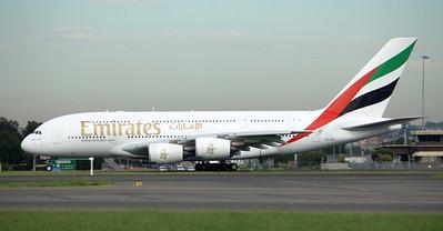 Emirates Airbus A380-800 A6-EDA