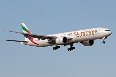 Emirates Boeing 777-300ER A6-EBQ
