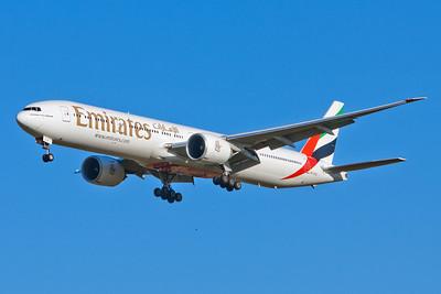 Emirates Boeing 777-300 A6-ECQ