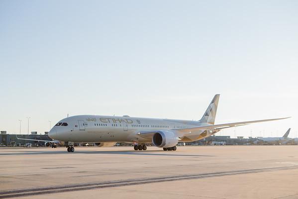 Etihad Airways 787 Dreamliner Inaugural Flight to IAD