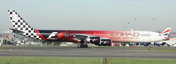Etihad Airbus A340-600 A6-EHJ