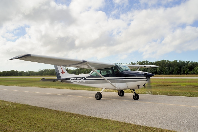1963 Cessna 172D Skyhawk