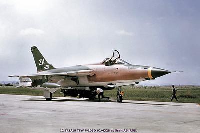 62-4328_F-105D_ZA_00000000 K