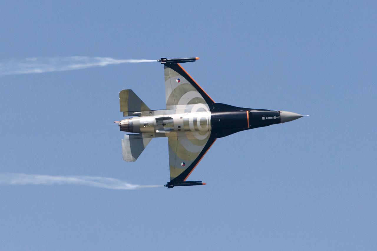 F-16 demo. J-055. Royal Netherlands Air Force.