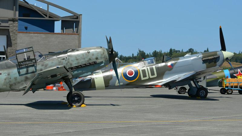 Messerschmitt Bf 109 E-3 (Emil), Supermarine Spitfire Mk.Vc