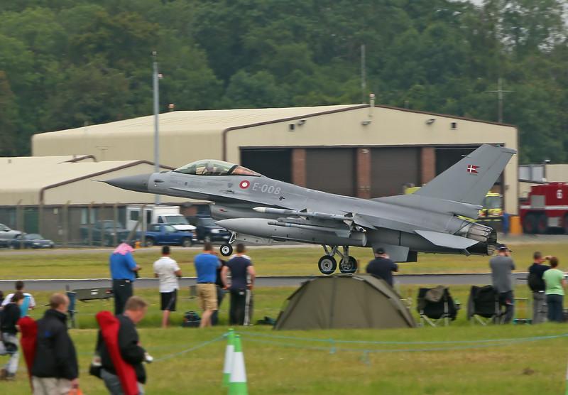 Airshow Fairford 2014 - F-16AM/BM (Denmark)