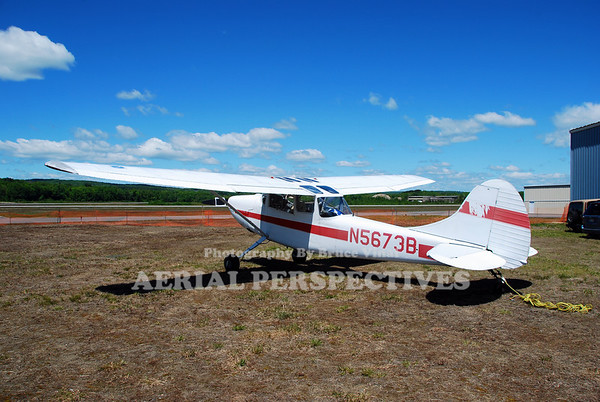 N5673B - 1951 Cessna 305A
