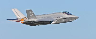 USAF F-35 afterburner...