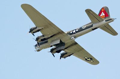 Thunderbird - B-17G Flying Fortress