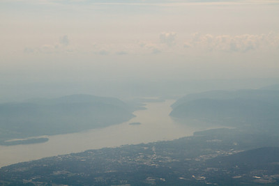 View south along the Hudson River, Hudson Highlands. - Copyright (c) 2012 Daniel Noe