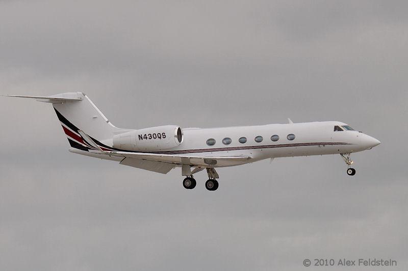 NetJets Aviation Gulfstream G450
