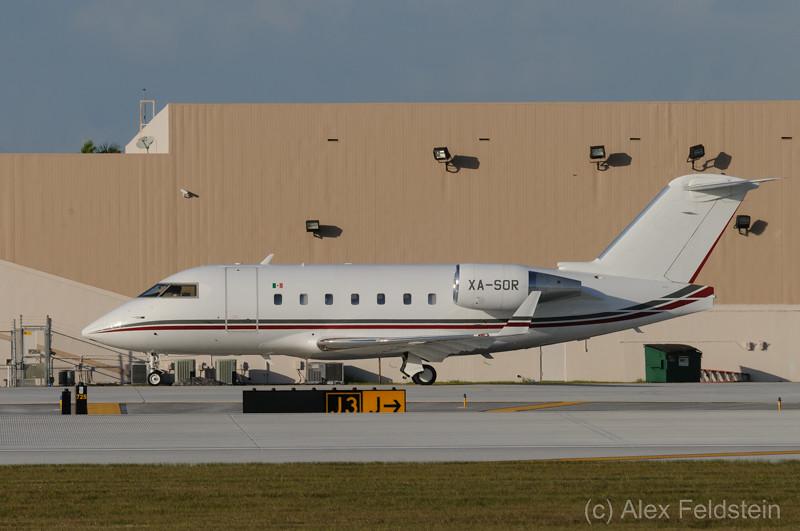 Canadair CL600-2B16 Challenger