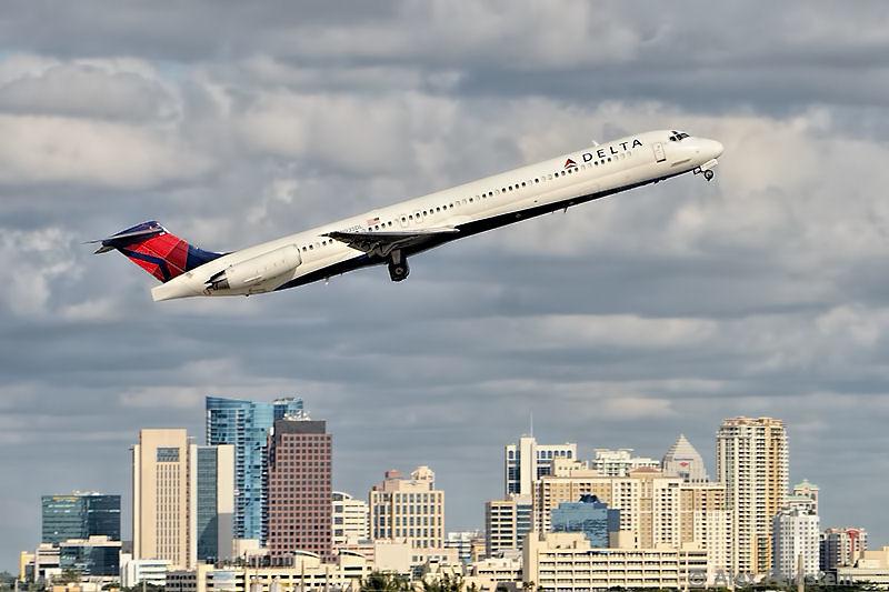 MD-88<br /> Ft, Lauderdale