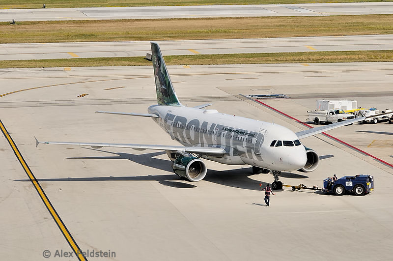 2001 Airbus A319-111<br /> Wood Duck