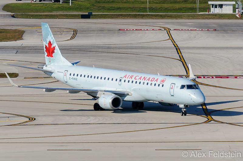 Embraer ERJ-190-100