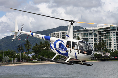 VH-NOL GREAT BARRIER REEF HELICOPTERS ROBINSON R-44