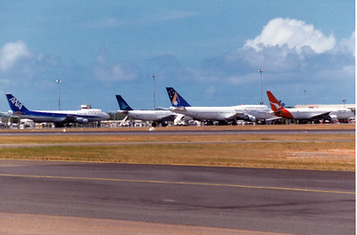 SYDNEY STRIKE DIVERSIONS TO CAIRNS