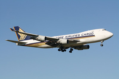 Singapore Airlines Cargo Boeing 747-400F 9V-SFK