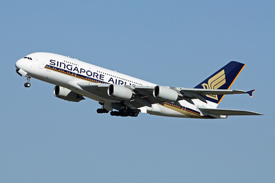 Singapore Airlines Airbus A380-800 9V-SKF