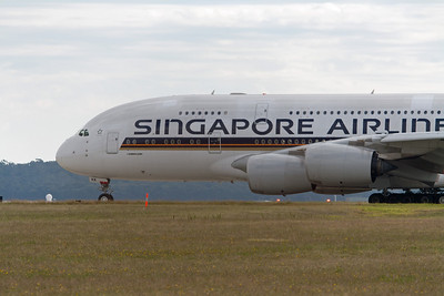 Singapore Airlines Airbus A380-800 9V-SKK