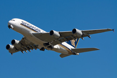 Singapore Airlines Airbus A380-800 9V-SKE