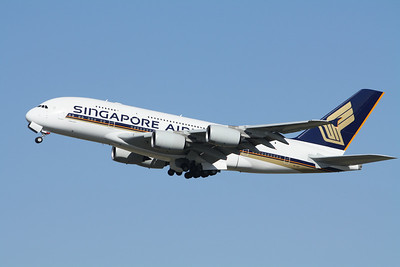 SINGAPORE AIRLINES 9V-SKF A380-800