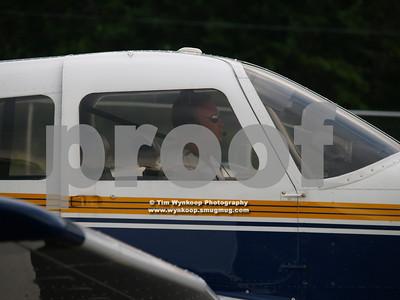 N688TB, 1977 Piper PA-28R-201T