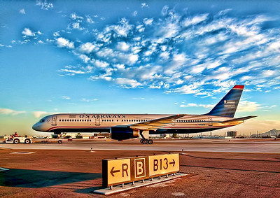 B757 Heading to the Gate in PHX