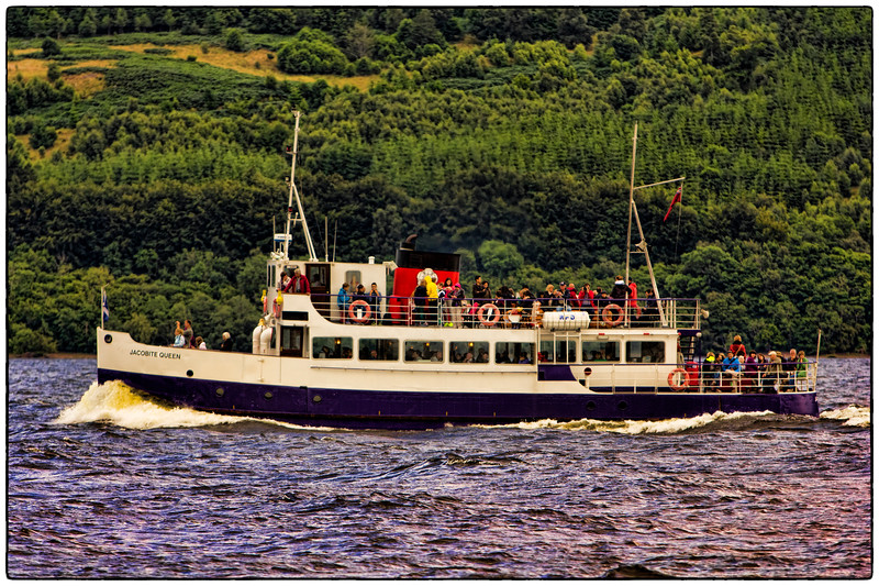 Jacobite Queen on Loch Ness