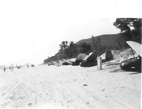 Franklin secondary sailplanes on the beach at Sleeping Bear Sand Dunes.