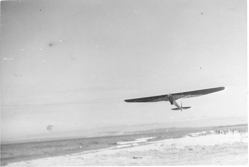 1940 - Cinema II taking off on winch launch - Frankfort, MI